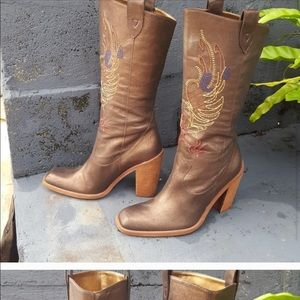 Multi color stitched cowboy boots